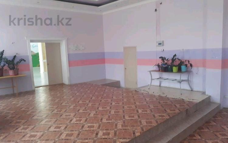 Здание, ул. Ыскаков Сагвнтай 21А площадью 700 м² за 500 000 ₸ в Жанаозен