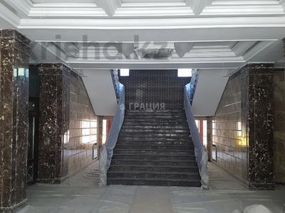 Офис площадью 1800 м², Наурызбай Батыра — Маметовой за 3 800 ₸ в Алматы, Алмалинский р-н — фото 17