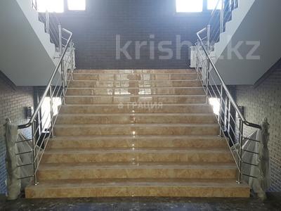 Офис площадью 1800 м², Наурызбай Батыра — Маметовой за 3 800 ₸ в Алматы, Алмалинский р-н — фото 18