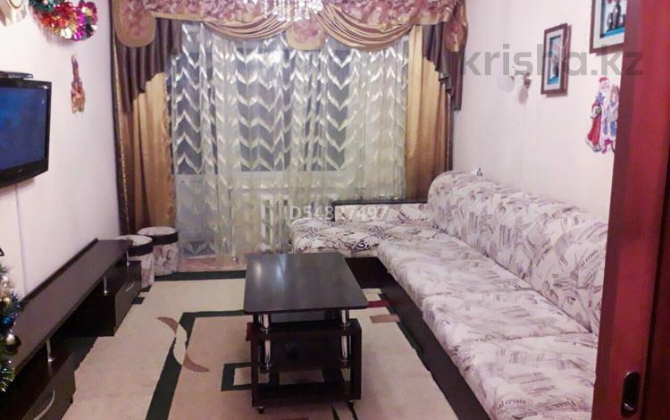 2-комнатная квартира, 55 м², 2/5 этаж посуточно, Достык 10 за 6 000 〒 в Бурабае