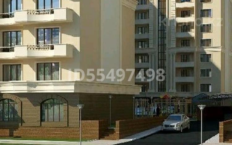 2-комнатная квартира, 90 м², 8/10 этаж, 17-й мкр 103 за 21 млн 〒 в Актау, 17-й мкр