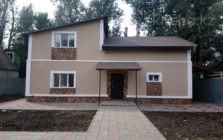6-комнатный дом, 200 м², 7 сот., Самал-3 на берегу р.Чаган за 39 млн ₸ в Уральске