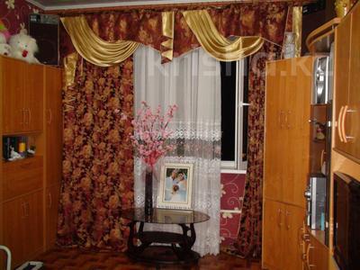 2-комнатная квартира, 57 м², 7/9 этаж, мкр Аксай-5 — Бауыржана Момышулы за 22.5 млн 〒 в Алматы, Ауэзовский р-н — фото 2