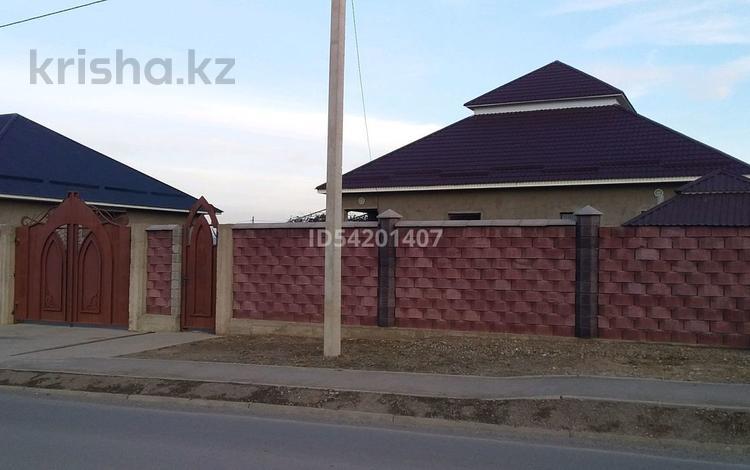 6-комнатный дом, 225 м², 8 сот., улица Музтау 1187 за 23 млн 〒 в Шымкенте, Каратауский р-н
