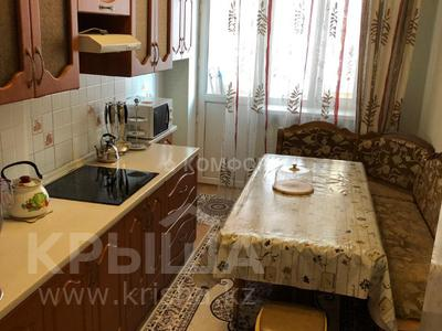 1-комнатная квартира, 45 м², 5/14 этаж помесячно, Туркестан 10 за 100 000 〒 в Нур-Султане (Астана), Есиль р-н — фото 3