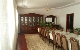 7-комнатный дом, 260 м², 10 сот., Жунисова 67 за 30 млн 〒 в