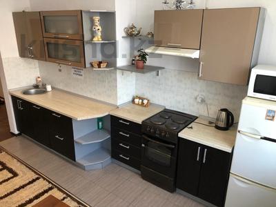 1-комнатная квартира, 40 м², 4 этаж посуточно, Сарайшық 34 за 9 000 〒 в Нур-Султане (Астана) — фото 6