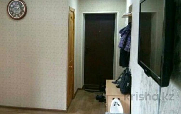 3-комнатная квартира, 60 м², 3/3 этаж, Титова 139 за ~ 8 млн 〒 в Семее