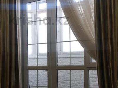 2-комнатная квартира, 70 м², 5/10 этаж, мкр Таугуль-2 — Навои за 31.9 млн 〒 в Алматы, Ауэзовский р-н