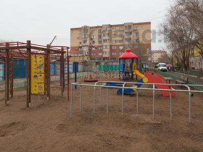 2-комнатная квартира, 48 м², 2/5 эт., проспект Республики 79 за 12.3 млн ₸ в Астане — фото 17