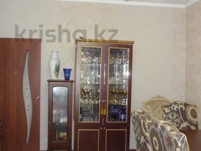 3-комнатная квартира, 76 м², 1/9 этаж, мкр Аксай-5 за 27 млн 〒 в Алматы, Ауэзовский р-н — фото 5