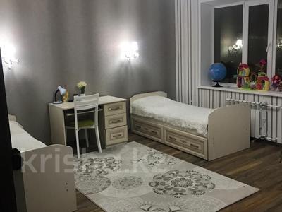 3-комнатная квартира, 101 м², 5/9 эт., 5 микрорайон 30/2 за 29.5 млн ₸ в Уральске — фото 8