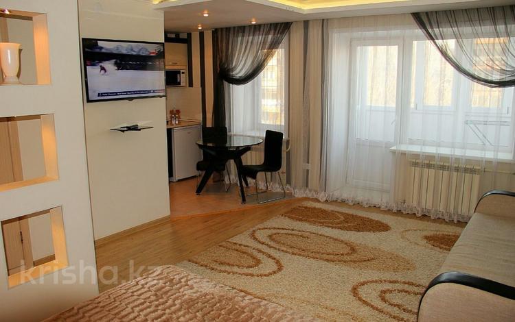 1-комнатная квартира, 35 м², 3/5 этаж посуточно, Габдуллина 79 — Ауельбекова за 8 000 〒 в Кокшетау