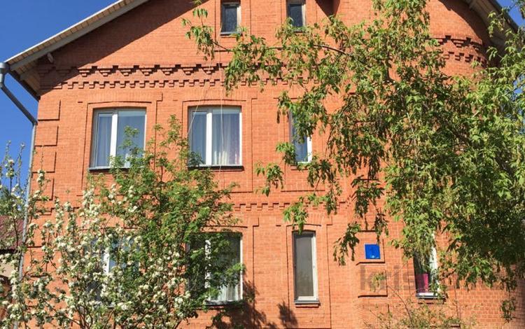 7-комнатный дом посуточно, 250 м², 6 сот., Чубары — С.Мендешева за 40 000 ₸ в Нур-Султане (Астана), Есильский р-н