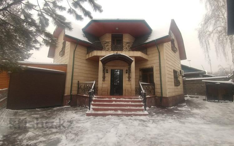 4-комнатный дом, 200 м², 5 сот., Саина — Райымбека за 75 млн ₸ в Алматы, Алатауский р-н