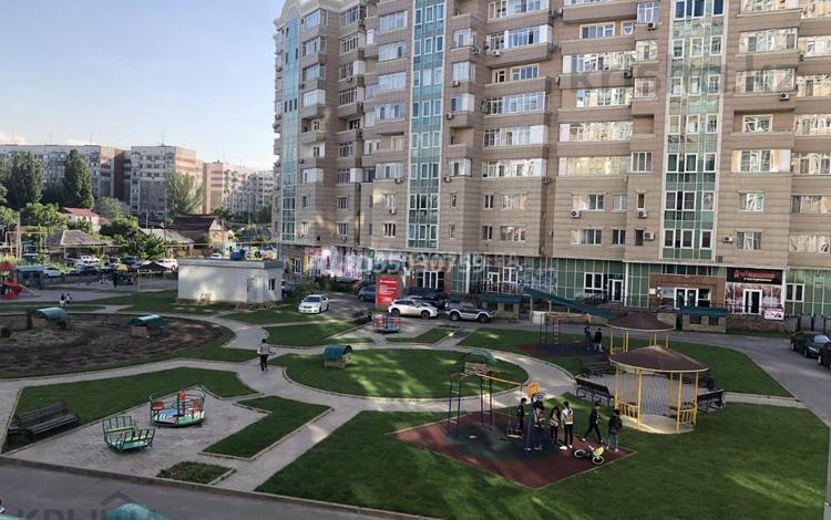 4-комнатная квартира, 130 м², 3/10 этаж, Навои — Жандосова за 65 млн 〒 в Алматы, Бостандыкский р-н
