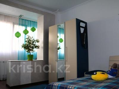 2-комнатная квартира, 63 м², 2/9 эт., мкр Мамыр-4 301 — проспект Абая-улица Саина за 32 млн ₸ в Алматы, Ауэзовский р-н — фото 4
