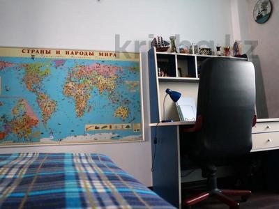2-комнатная квартира, 63 м², 2/9 эт., мкр Мамыр-4 301 — проспект Абая-улица Саина за 32 млн ₸ в Алматы, Ауэзовский р-н — фото 9