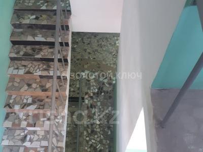 4-комнатная квартира, 186 м², 3/3 эт., Гани Иляева — Акпан Батыра за 33 млн ₸ в Шымкенте, Аль-Фарабийский р-н — фото 9