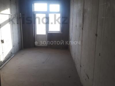 4-комнатная квартира, 186 м², 3/3 эт., Гани Иляева — Акпан Батыра за 33 млн ₸ в Шымкенте, Аль-Фарабийский р-н — фото 10