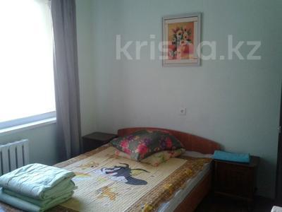 1-комнатная квартира, 45 м², 2/12 этаж посуточно, Сауран 3/1 за 7 000 〒 в Нур-Султане (Астана), Есильский р-н — фото 4