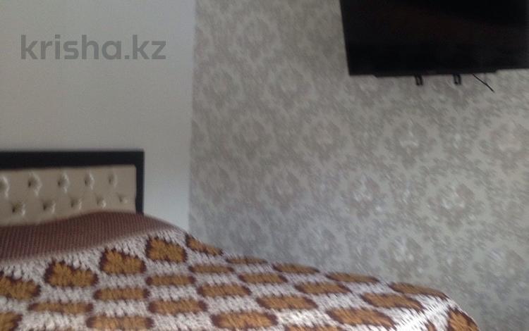 1-комнатная квартира, 31 м², 1/2 эт. посуточно, Комиссарова 29 — Пр.Бухар-Жырау за 6 000 ₸ в Караганде, Казыбек би р-н