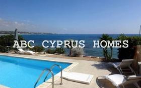 5-комнатный дом, 200 м², Корал Бей за ~ 648.3 млн 〒 в Пафосе