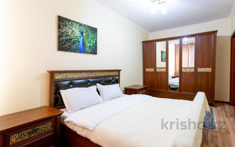 2-комнатная квартира, 65 м², 12/14 эт. посуточно, Сарайшык 5 за 12 000 ₸ в Нур-Султане (Астана), Есильский р-н