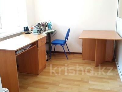 Офис площадью 28.9 м², 4 мкр Салтанат дом26. кв3 за 7 млн ₸ в  — фото 4
