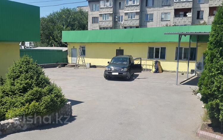 9-комнатный дом, 170 м², мкр Дубок за 51 млн 〒 в Алматы, Ауэзовский р-н