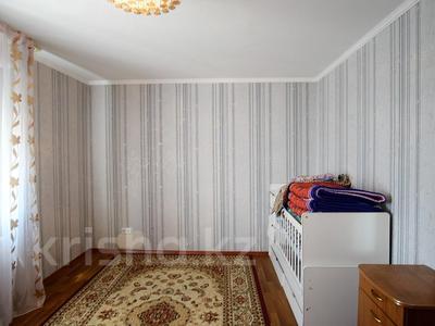 4-комнатная квартира, 107 м², 22/25 этаж, Богенбай батыра 28 за 22.3 млн 〒 в Нур-Султане (Астана), Сарыарка р-н — фото 13