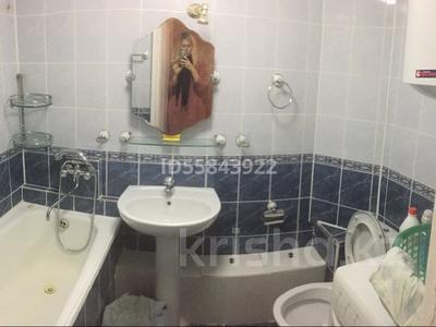 2-комнатная квартира, 45 м², 1/5 этаж помесячно, Карбышева 8 за 80 000 〒 в Караганде, Казыбек би р-н — фото 2