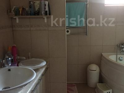 4-комнатный дом, 140 м², 10 сот., Самал за 27 млн 〒 в Иргелях — фото 9