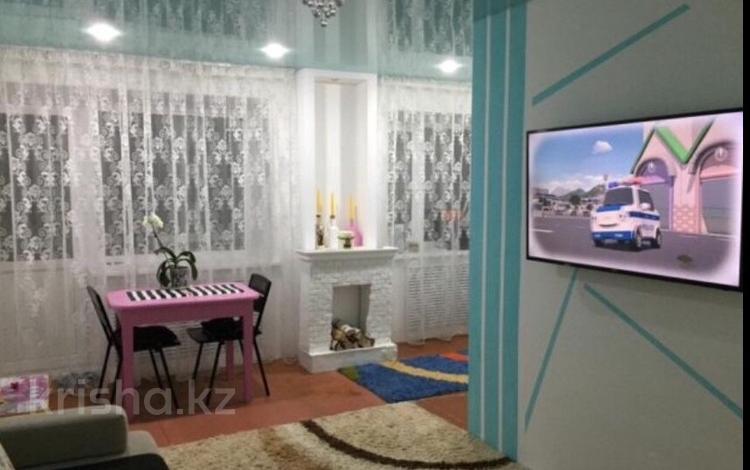 3-комнатная квартира, 56 м², 2/4 эт., Ленина 28 за 6 млн ₸ в Рудном