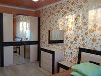 3-комнатная квартира, 96 м², 4/5 этаж помесячно