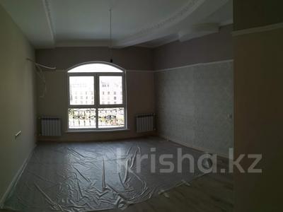 5-комнатная квартира, 247 м², 5/6 этаж, мкр Мирас, Аскарова Асанбая за 170 млн 〒 в Алматы, Бостандыкский р-н — фото 9