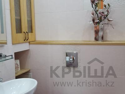 4-комнатная квартира, 139 м², 19/21 эт. посуточно, Абылай-Хана 92 — Кабанбай батыра за 22 000 ₸ в Алматы, Алмалинский р-н — фото 15