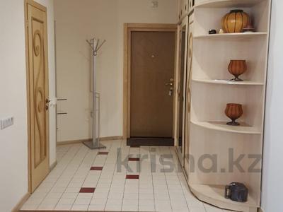 4-комнатная квартира, 139 м², 19/21 эт. посуточно, Абылай-Хана 92 — Кабанбай батыра за 22 000 ₸ в Алматы, Алмалинский р-н — фото 11