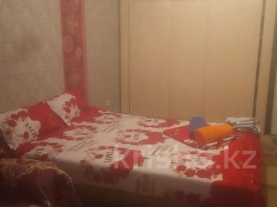 1-комнатная квартира, 175 м², 4/9 этаж по часам, Аксай-1А — Ташкентская момушилы за 1 000 〒 в Алматы — фото 2