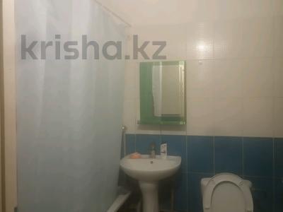 1-комнатная квартира, 175 м², 4/9 этаж по часам, Аксай-1А — Ташкентская момушилы за 1 000 〒 в Алматы — фото 6