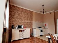 2-комнатная квартира, 82.4 м², 1/3 этаж