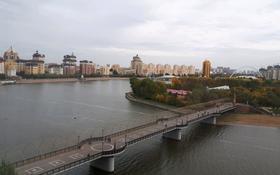 4-комнатная квартира, 183 м², 8/9 этаж, Желтоксан за 95 млн 〒 в Нур-Султане (Астана), Сарыаркинский р-н