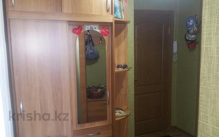 2-комнатная квартира, 53.3 м², 9/9 этаж, Пермитина — ул. Казахстан за 13.9 млн 〒 в Усть-Каменогорске