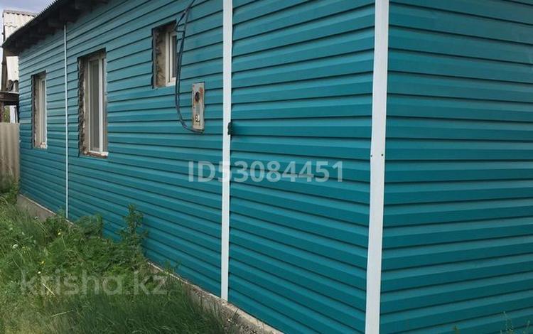 4-комнатный дом, 100 м², Восточный 1827 за 5.2 млн 〒 в Семее