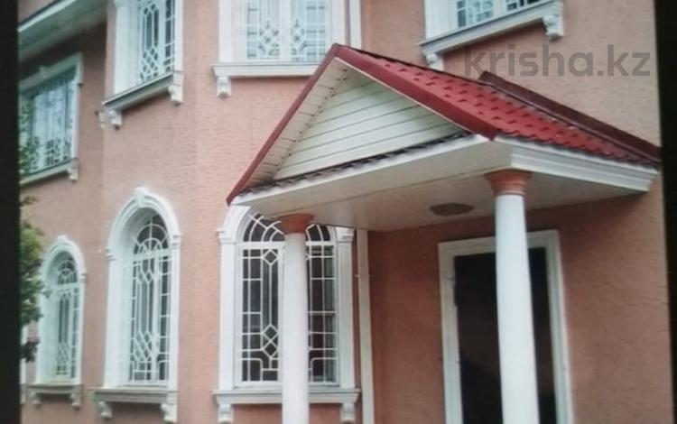 10-комнатный дом, 600 м², 11 сот., Таугуль 2 — Жандосова за 185 млн ₸ в Алматы, Ауэзовский р-н