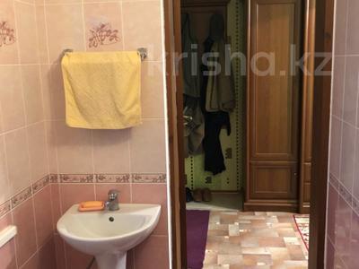 4-комнатный дом, 228.5 м², 8 сот., Амангельды Иманова 90 за 26 млн ₸ в Жезказгане — фото 18