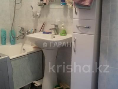 2-комнатная квартира, 50 м², 4/5 эт., Ауэзова за 10.7 млн ₸ в Кокшетау — фото 3