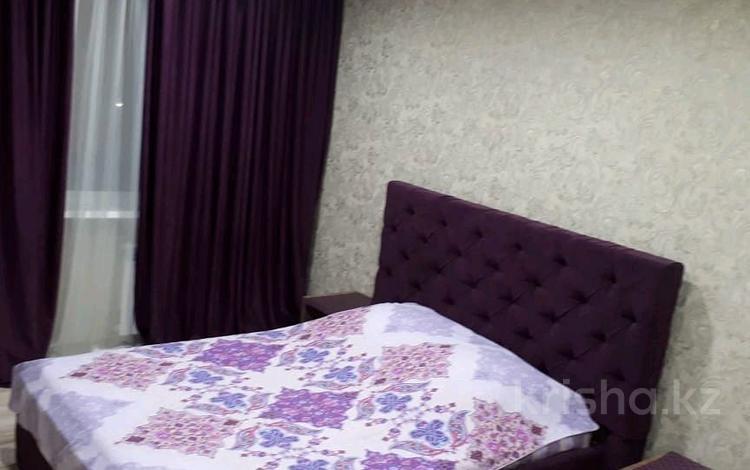 1-комнатная квартира, 35 м² посуточно, Камзина 64 за 10 000 〒 в Павлодаре