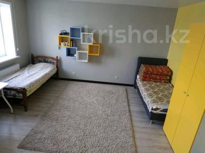 2 комнаты, 156 м², Кенесары 8 — Сарыарка за 35 000 〒 в Нур-Султане (Астана) — фото 14