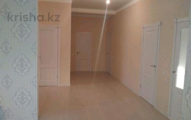 4-комнатный дом, 135 м², 15 сот., Б.Момышулы 9 за 21.3 млн ₸ в Жибек Жолы